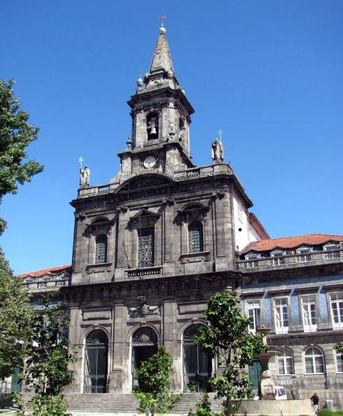 igreja_santissima_trindade_porto_portugal
